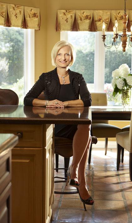 Distinctive Women Magazine Susan Cowen Re Max York Group Realty Inc Brokerage Aurora